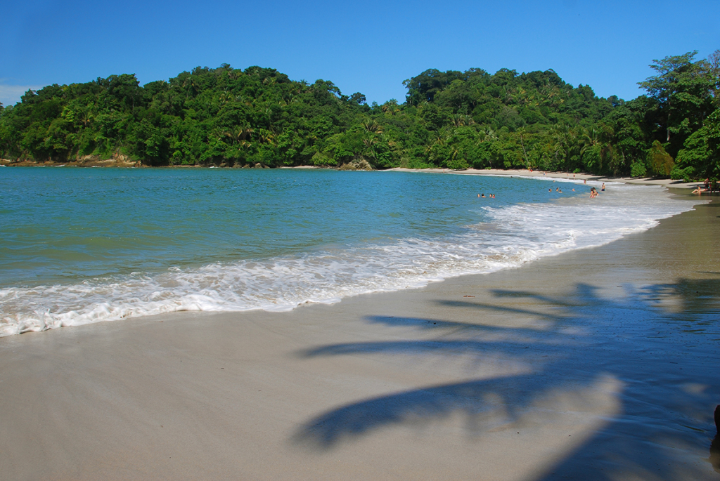 Playa Manuel Antonio. Photo by Andrés Madrigal.