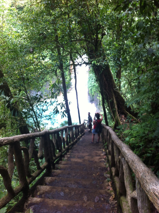 The stairs leading to the Río Celeste waterfall afford some camera-worthy views.
