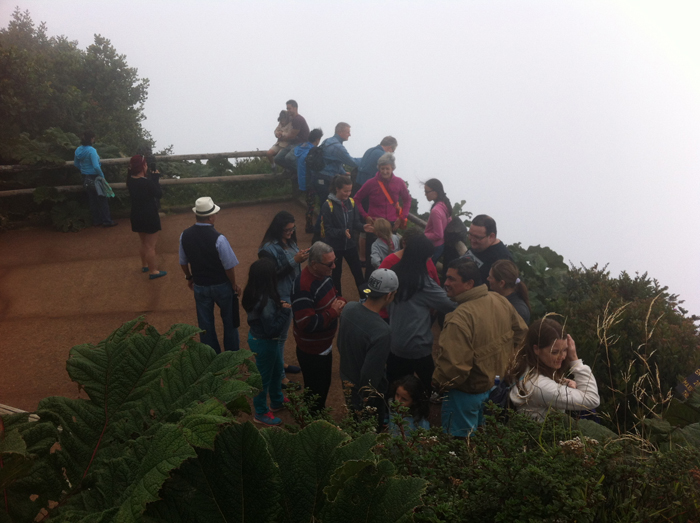 The lower viewing area at the main Poás crater.