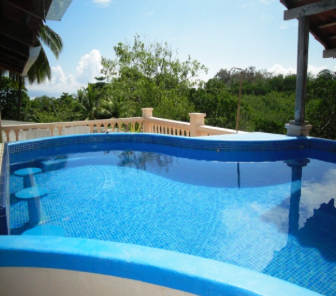 The pool on the roof of the Fishack in Puerto Jiménez.