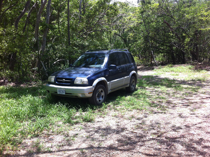 The Blue Demon, my unstoppable 1998 Suzuki Grand Vitara.