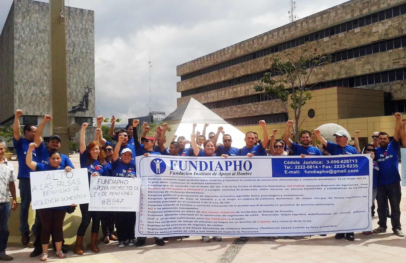 Fundación de Apoyo al Hombre demonstration
