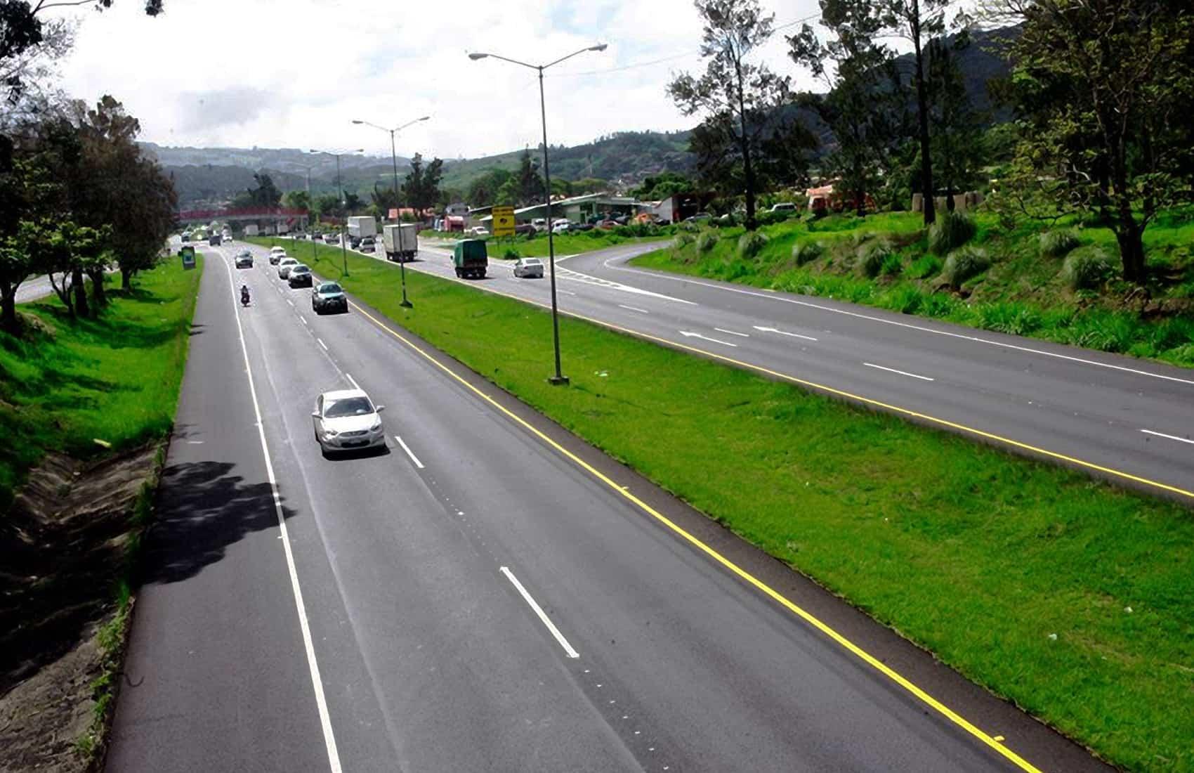 Florencio del Castillo highway