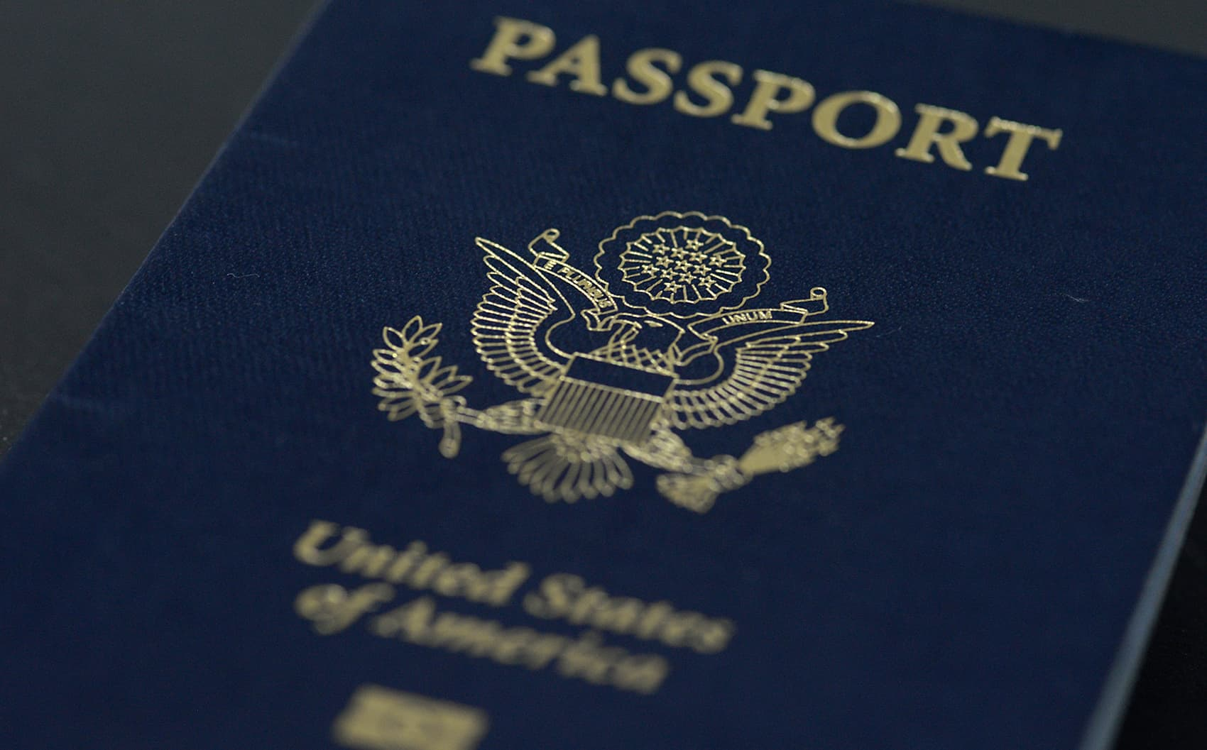 Thousands of U.S. expats are renouncing their citizenship for tax reasons.