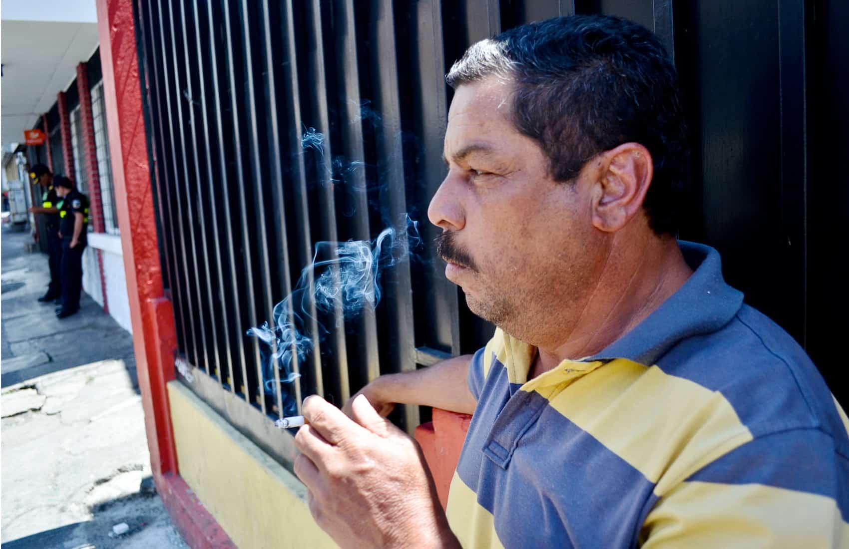 Smoker in San José