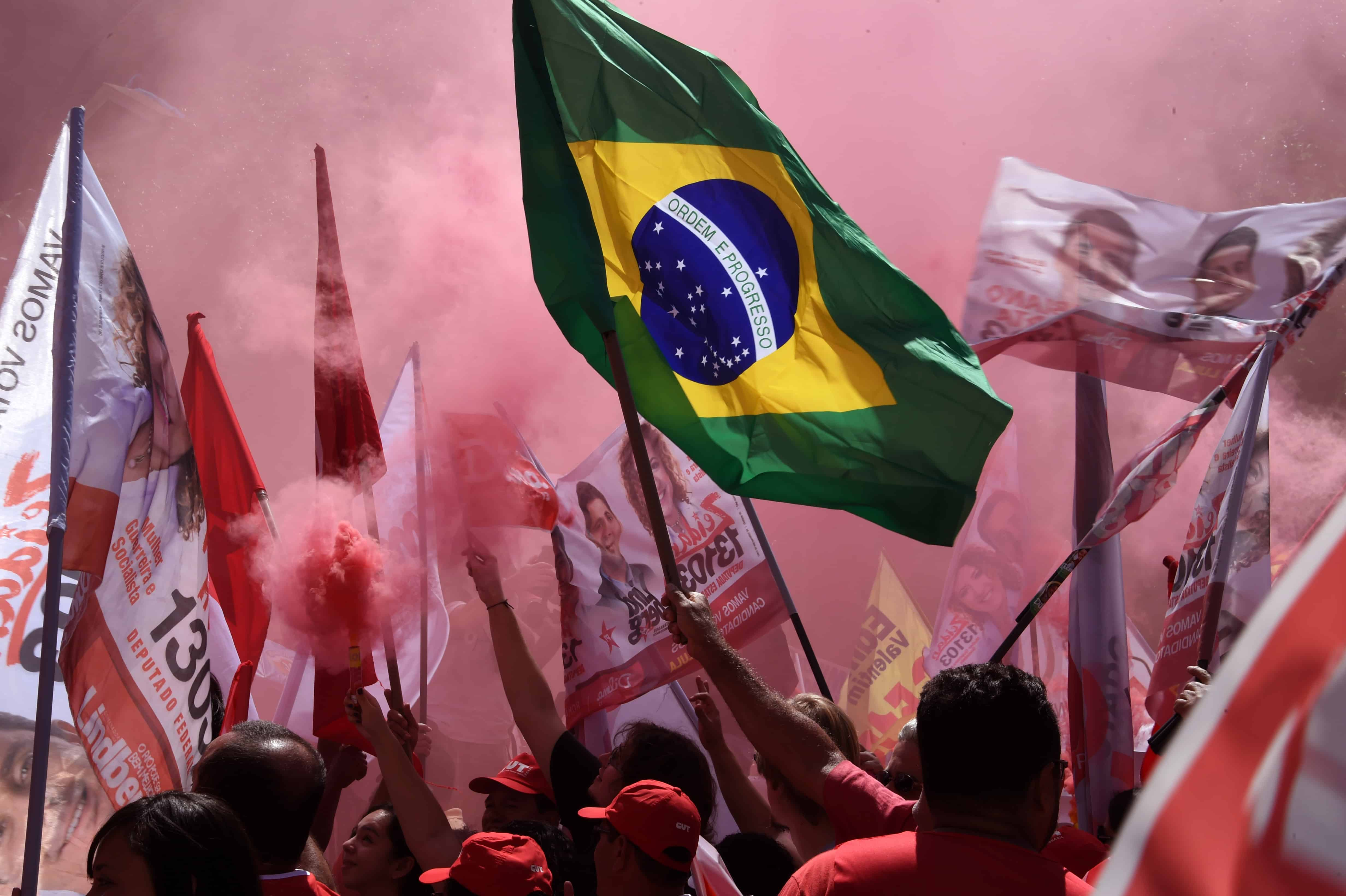 An oil scandal in Brazil complicates the race for incumbent