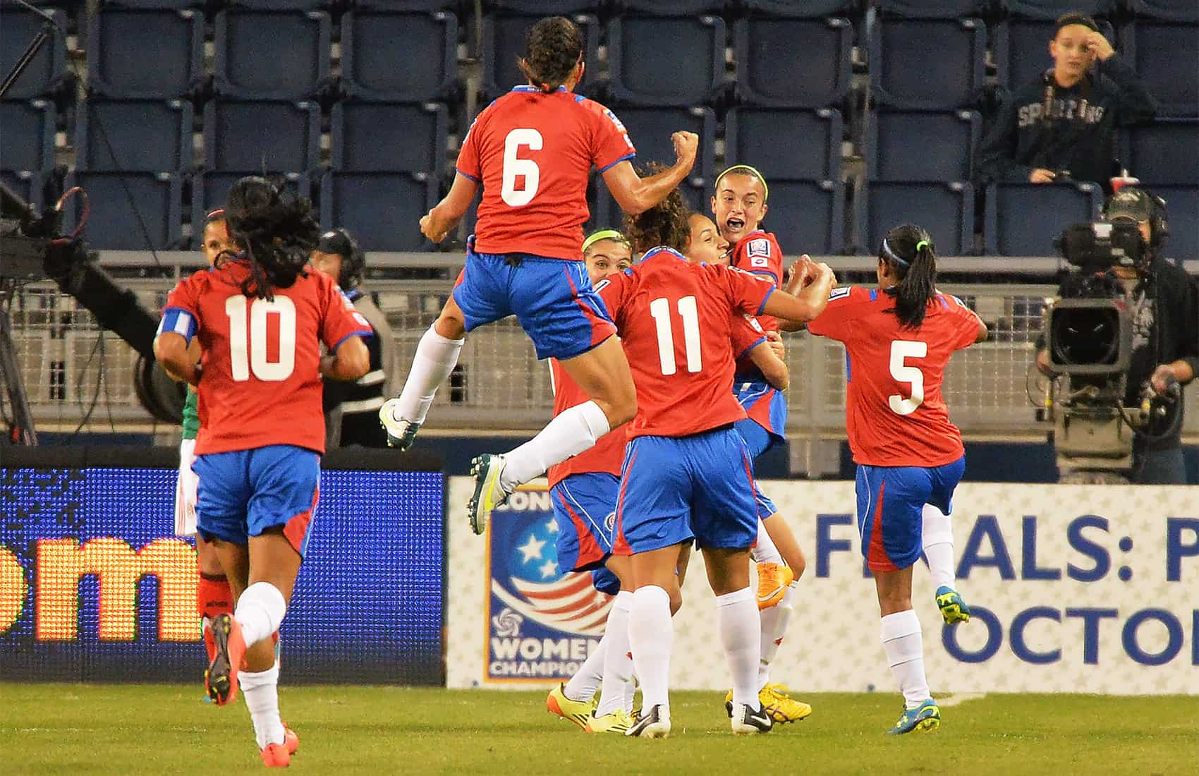 a2dde386f30 Costa Rica scores early in the 8th minute to beat Mexico in the opening  match of the FIFA qualifier tournament for the Canada 2015 Women s World Cup .