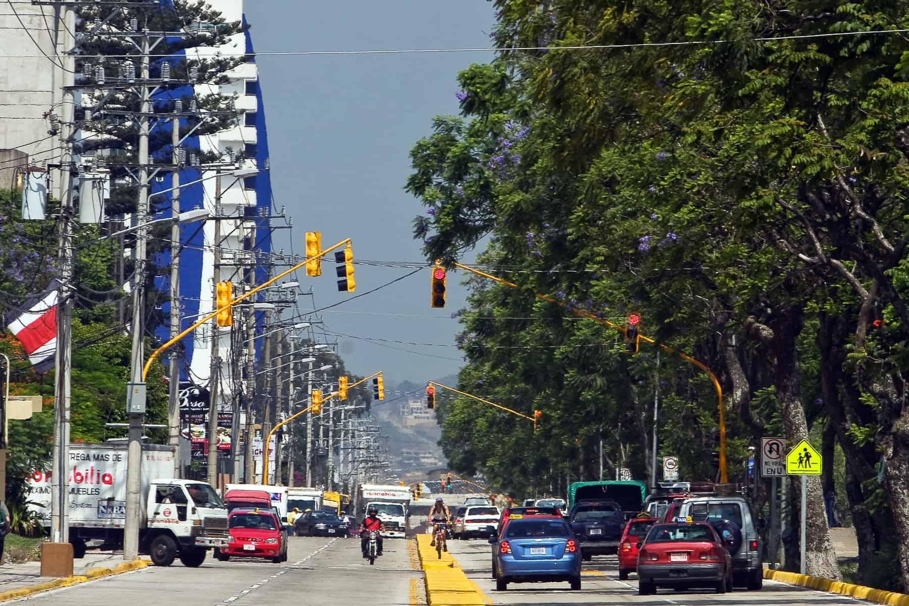 Motorists in San José