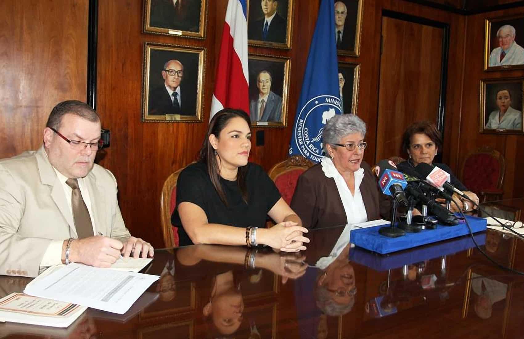 Health Minister María Elena López Núñez