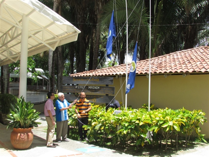 Raising the Blue Flag at Playa Blanca, 2015.