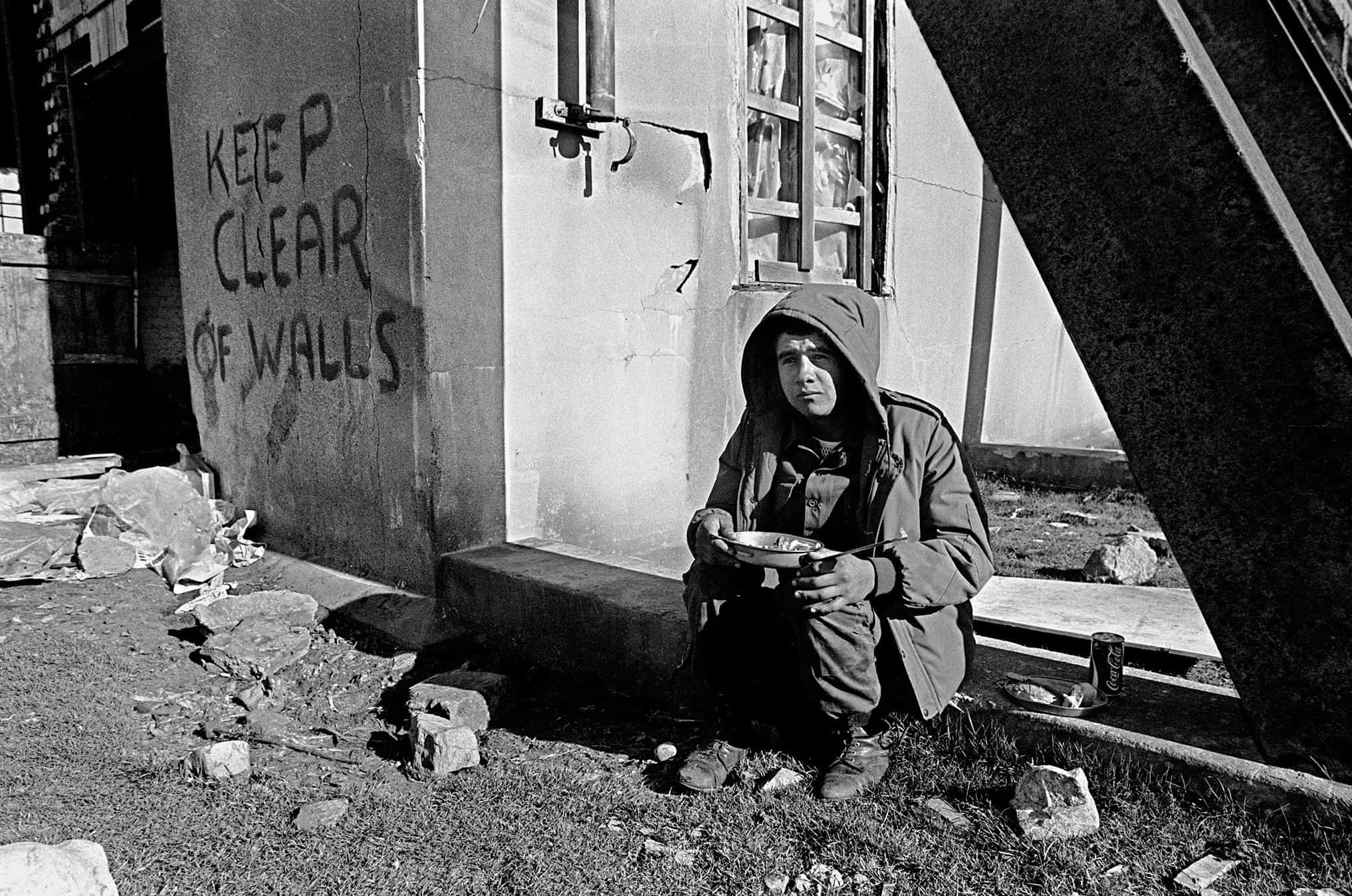 An unidentified Argentine soldier has lunch at a former Royal Marines base on April 13, 1982.