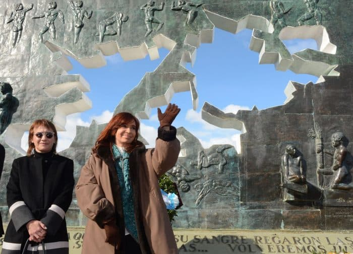 Argentina's President Cristina Fernández de Kirchner, right, and Tierra del Fuego's Governor Fabiana Ríos attend a ceremony to honor soldiers who died in the South Atlantic.