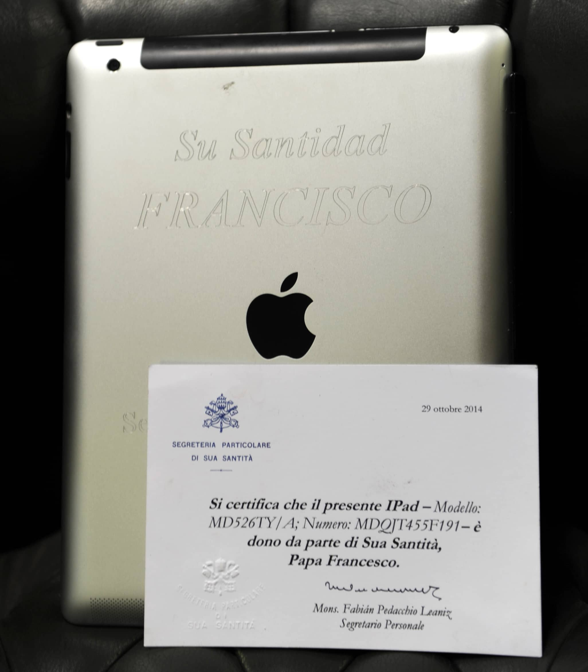 The Pope's iPad was auctioned for charity on April 14, 2015 in Montevideo.