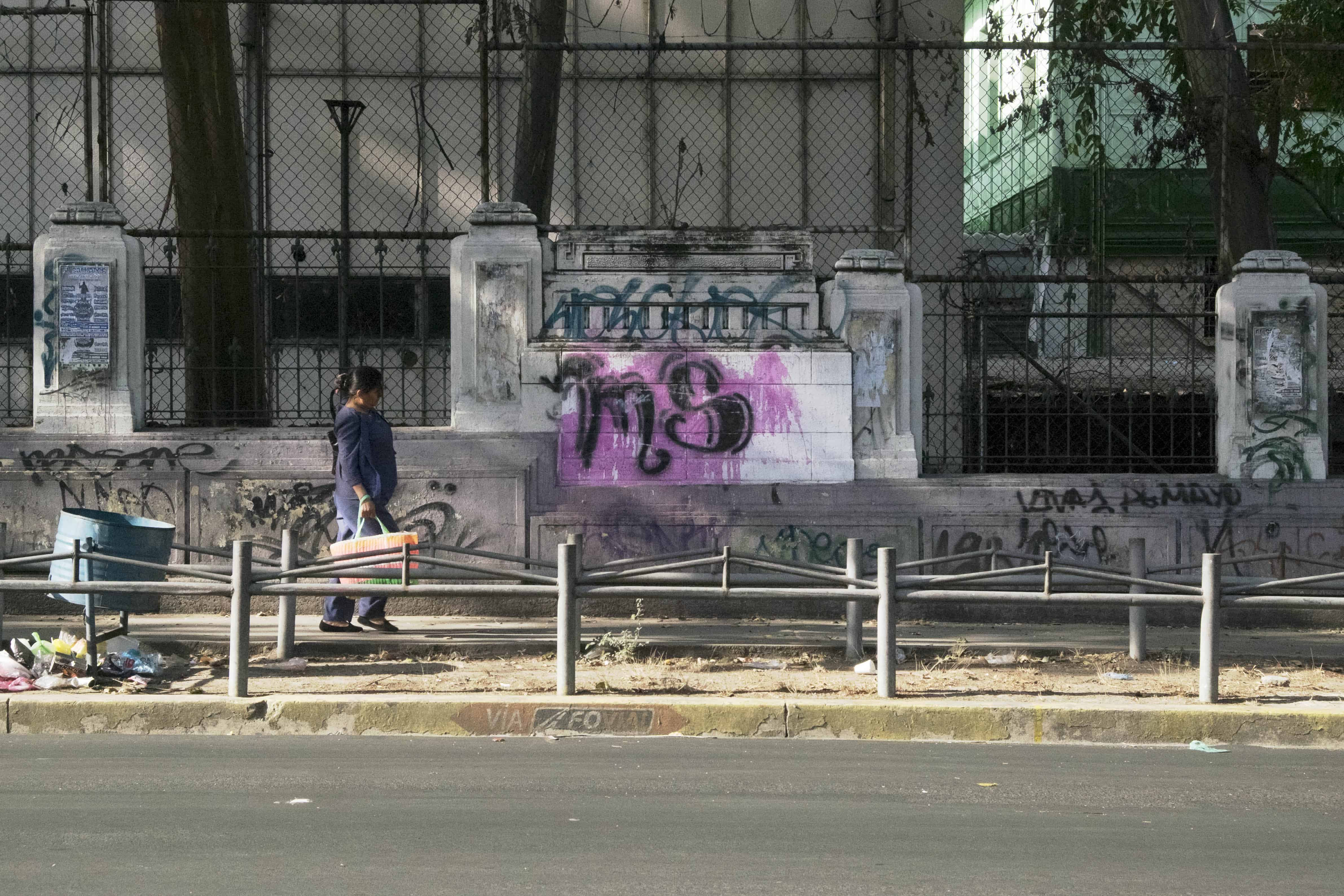 Gang graffiti in San Salvador.