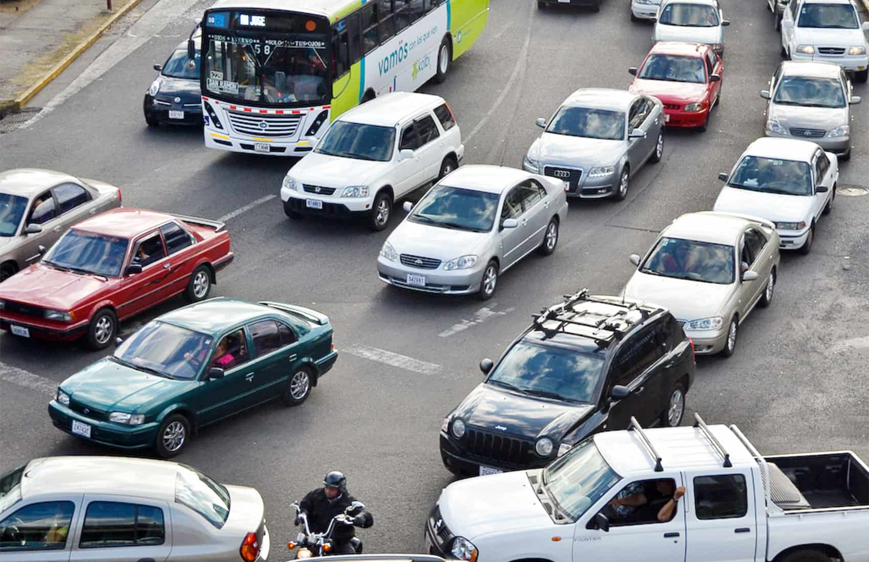 Traffic jams in San José.