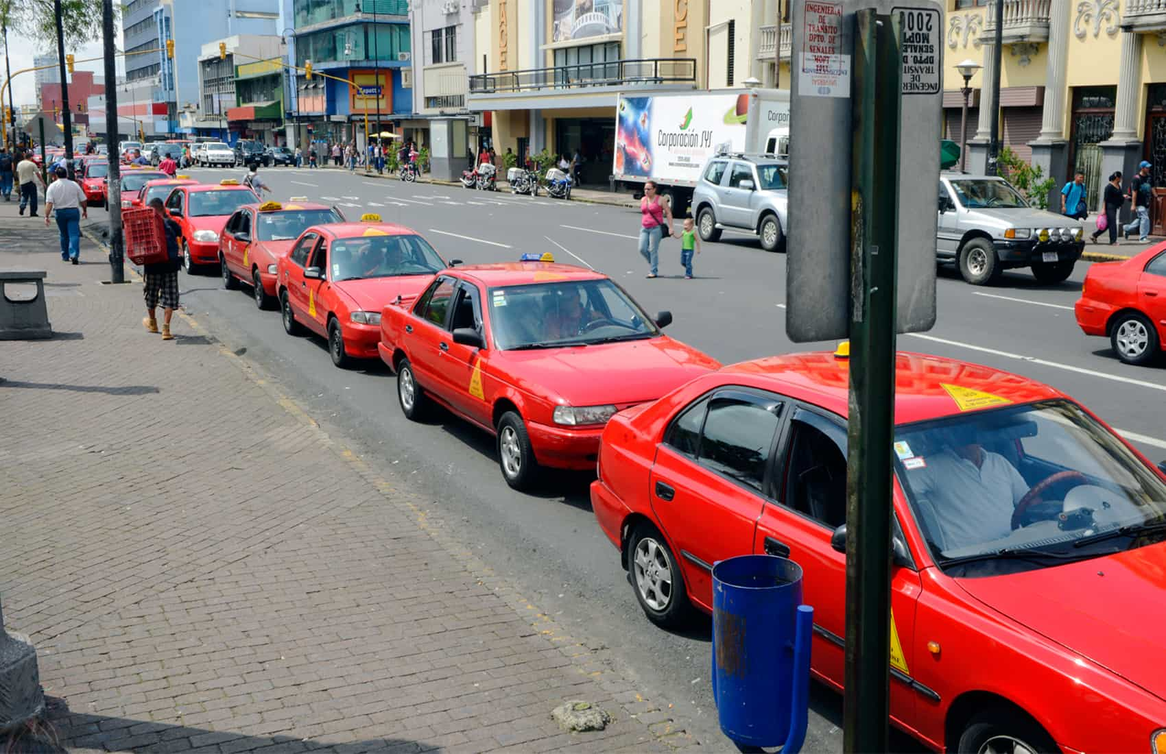 Taxis in downtown San José