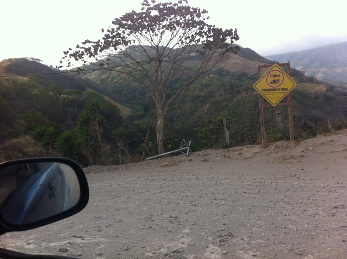 On the road to Monteverde: Don't go this way.