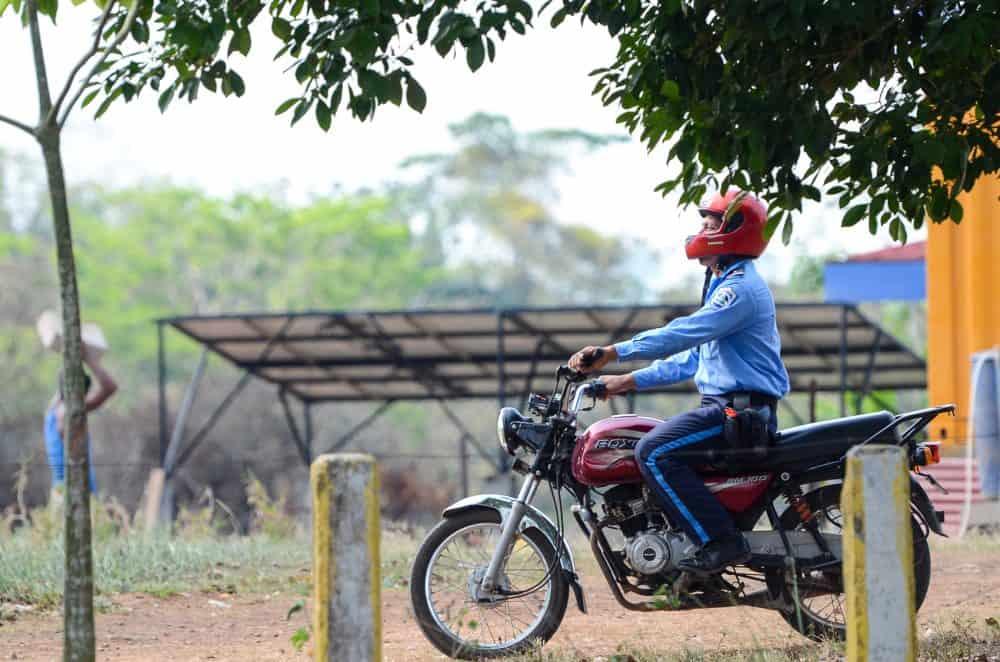 A Nicaraguan police patrols the Costa Rica-Nicaragua checkpoint at las Tablillas.