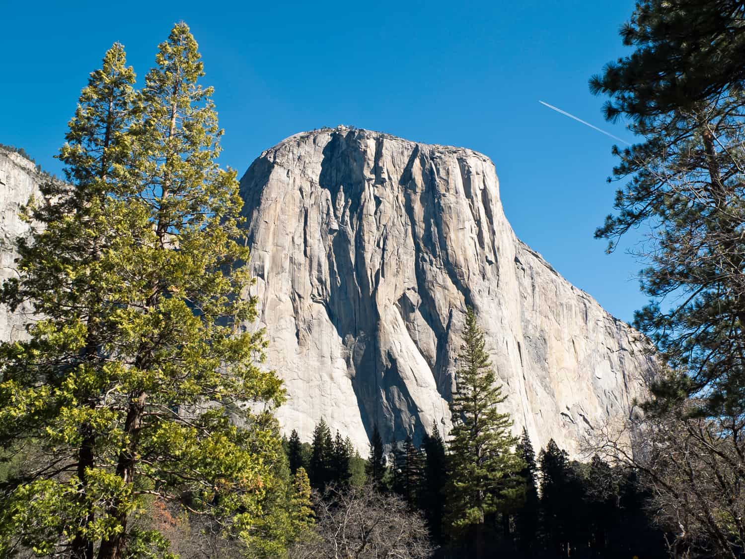 El Capitán in the Yosemite National Park valley.