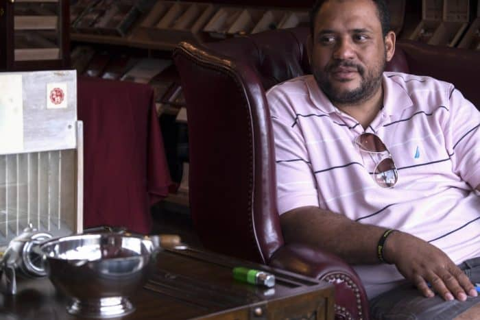 Cigar seller Lazaro Vento hopes the U.S. trade embargo against Cuba will be lifted.