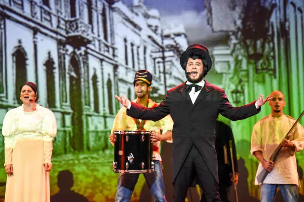 "Alberto Díaz performs as Juan Mora Porras at the debut of Costa Rica's first-ever original rock opera. ""Heroes 1856"", Friday, June 26."