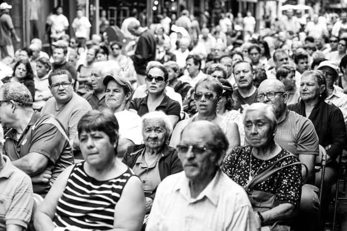 Hundreds attended the traditional Sagrado Corazón de Jesús mass.