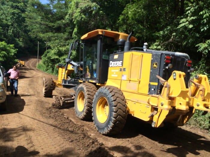 Roadwork began Wednesday to repair Route 160 between Paquera and Playa Naranjo.