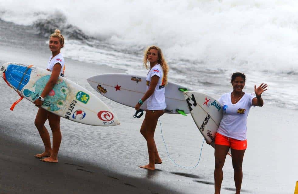 Leilani McGonagle, Coral Wiggins and Lisbeth Vindas at Playa Hermosa during the Reef Gran Final National Surf Competition, July 17-19, 2015.