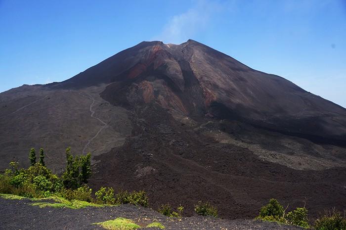 The humble shop atop Guatemala's Pacaya Volcano