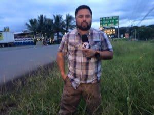 Telenoticias reporter Álvaro Sánchez.