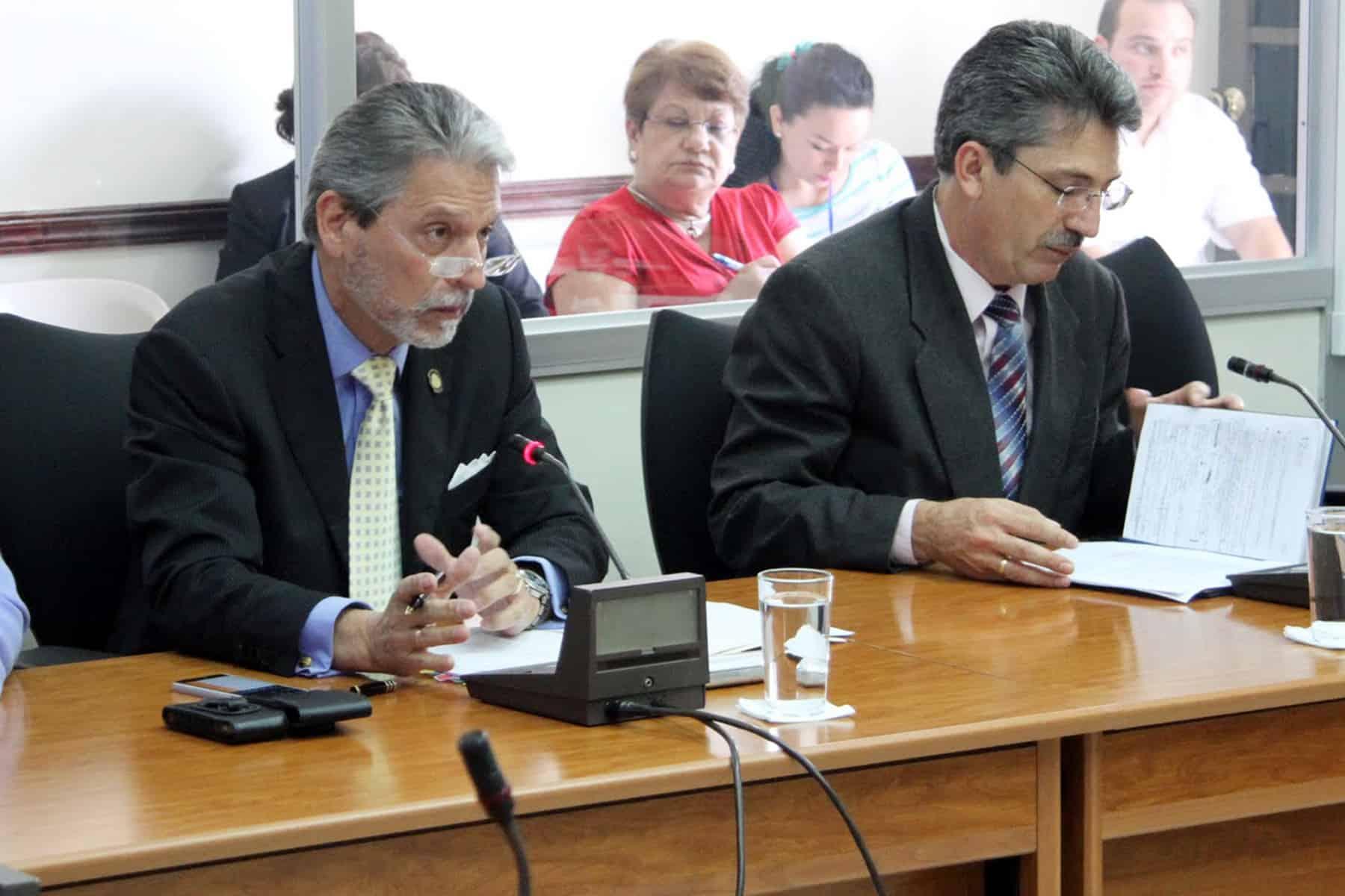 Tourism Minister Mauricio Ventura, Economy Minister Welmer Ramos