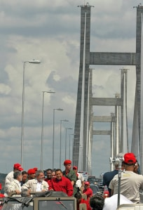 Chávez and Lula inaugurate the Orinoquía Bridge in 2006.