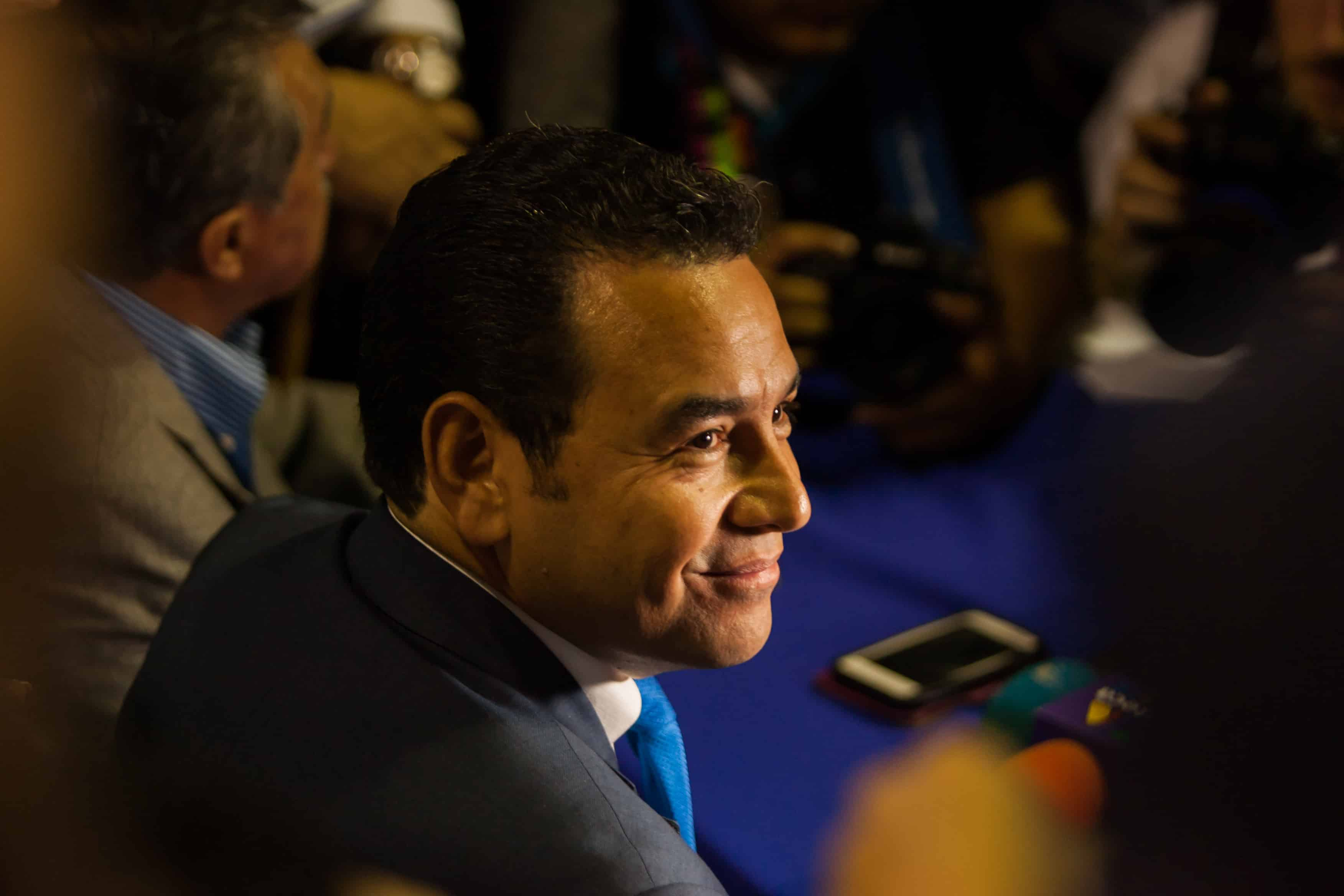 Comedian Jimmy Morales led Sunday's vote tally in Guatemala, but failed to reach a high enough percentage of votes to avoid a runoff in October.