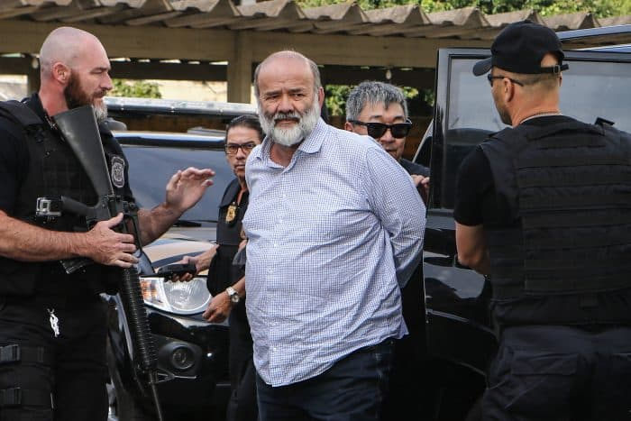 Brazil corruption: João Vaccari is arrested.