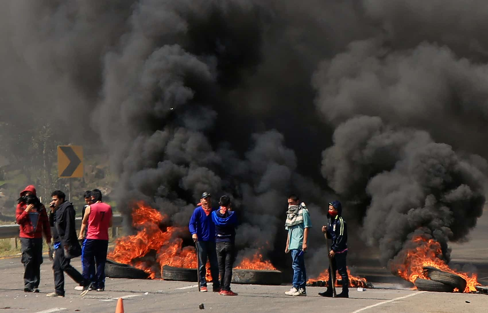 Students block road on way to rally for 43 missing students
