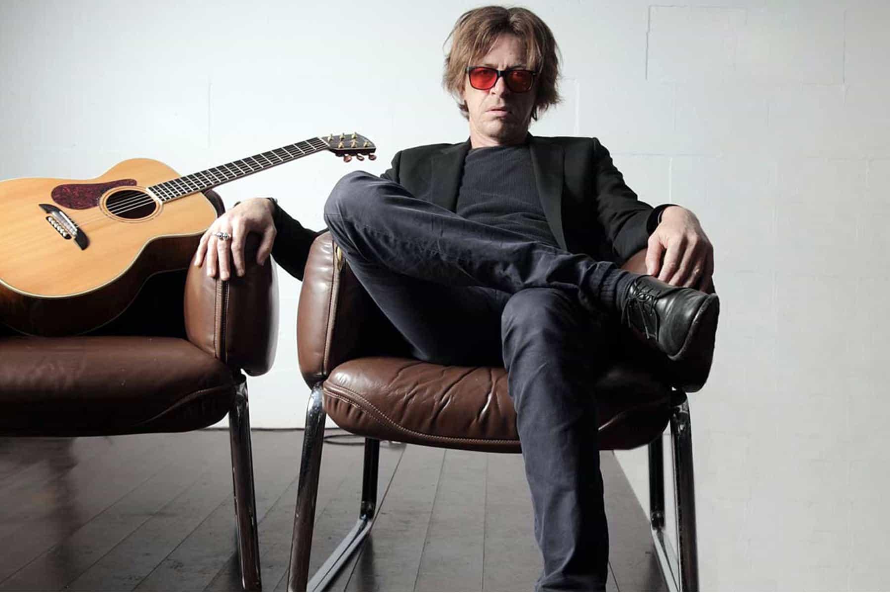 Guitarist Dominic Miller