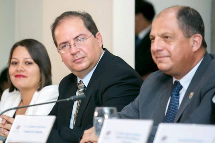 Spokesman Mauricio Herrera and Costa Rica President Luis Guillermo Solís