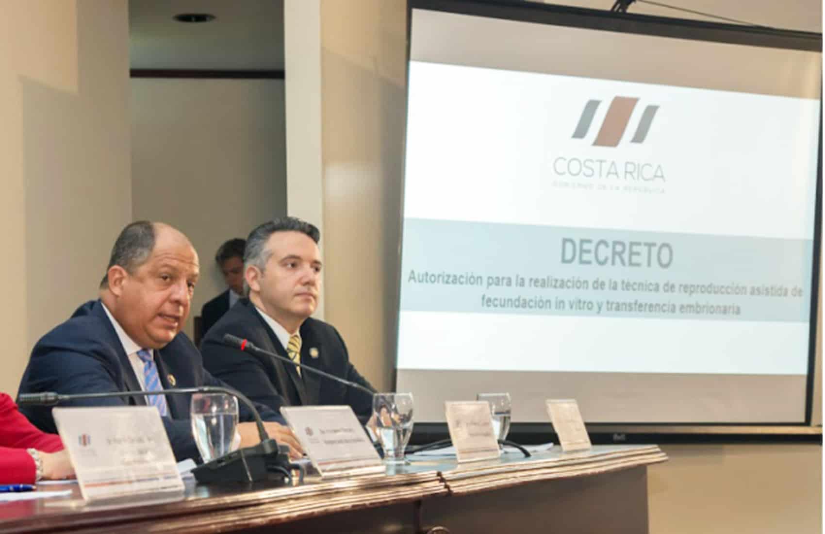 President Luis Guillermo Solís, IVF decree. Sept. 3, 2015