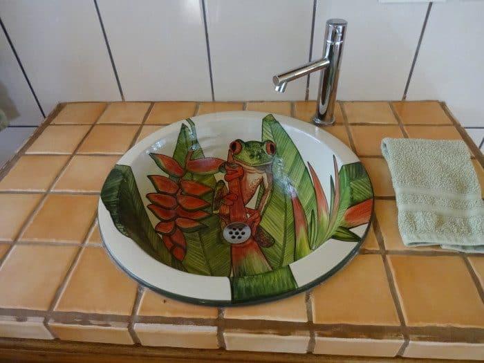 Frog sink in bathroom.