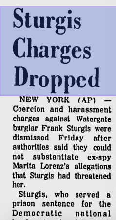 News story in 1977 saying charges against Frank Sturgis had been dropped.