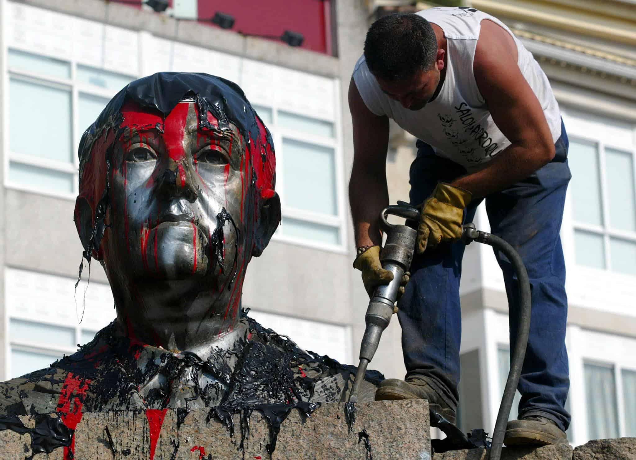 Franco bust removed