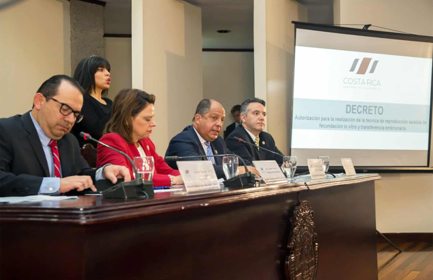 IVF Costa Rica executive decree announcement