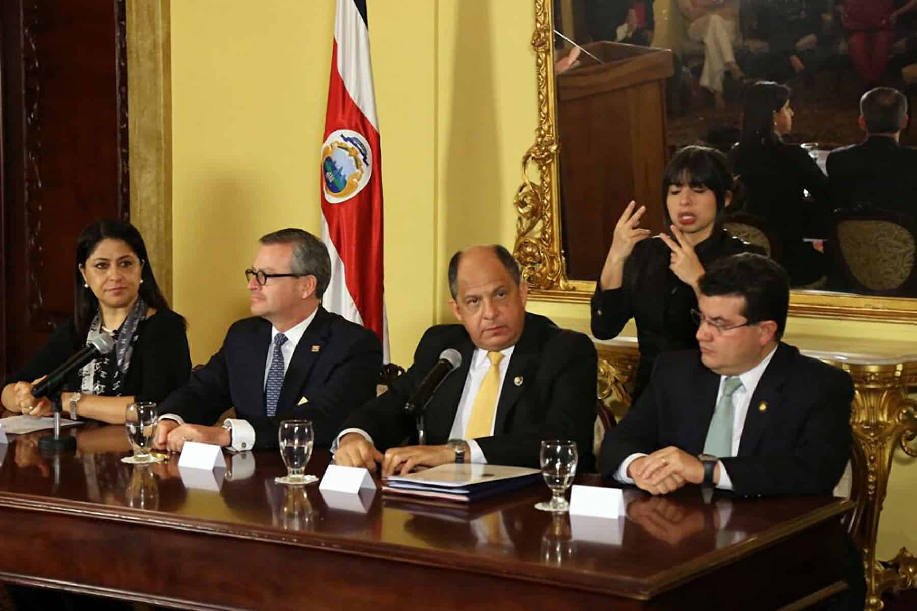 Press conference on Cuban migrants crisis. Dec. 18, 2015.