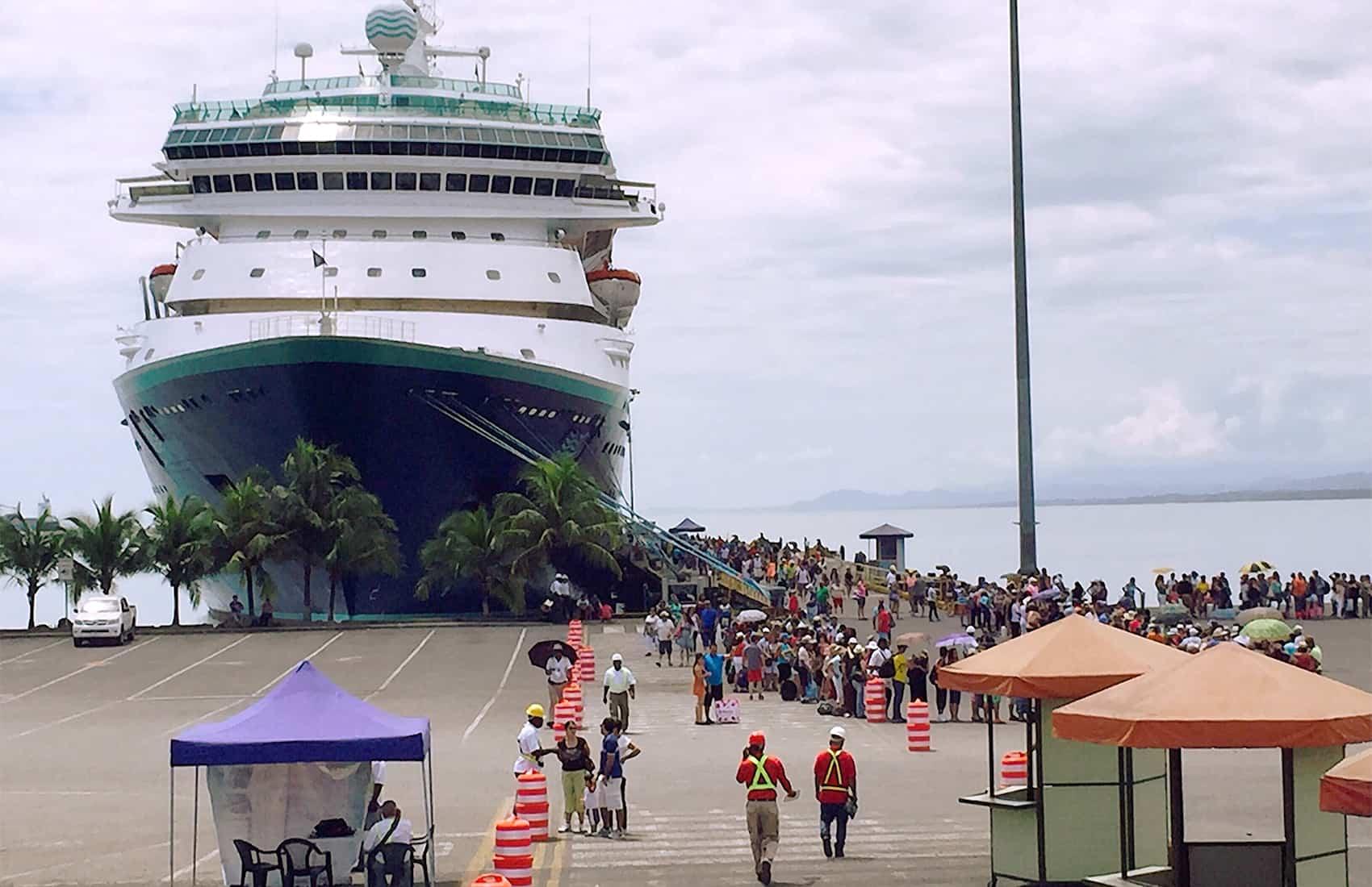 cruise ships costa rica
