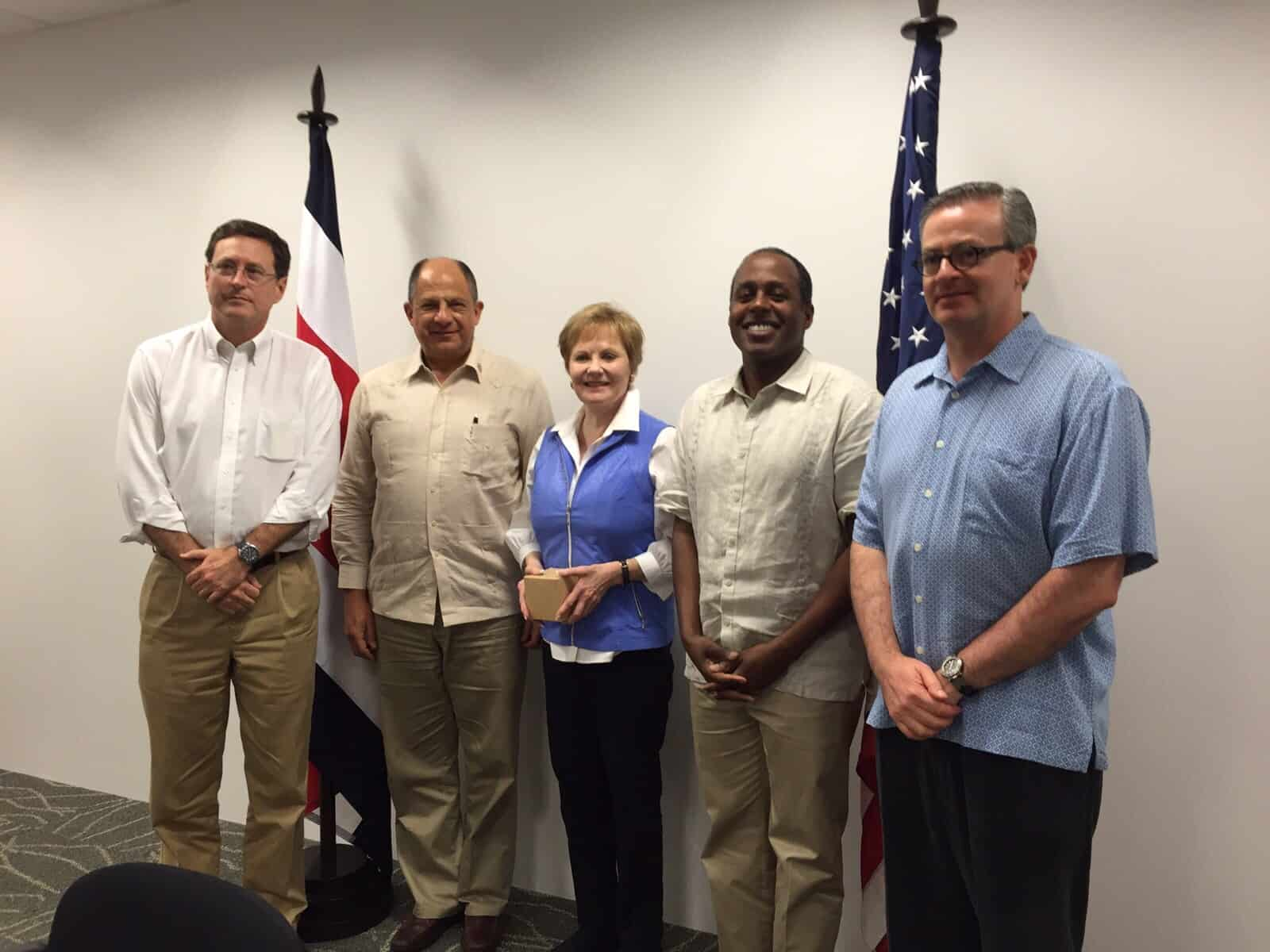 U.S. Representatives from Texas meet with President Solís