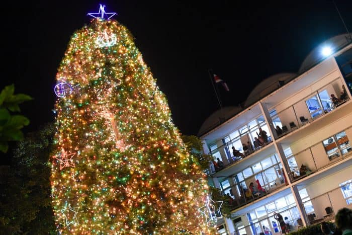 The annual lighting of the Christmas tree at the Children's Hospital in downtown San José took place Thursday night.