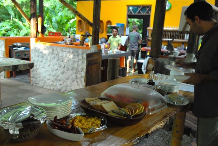 Breakfast buffet at Danta Corcovado Lodge.