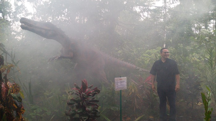 Alberto López Chaves, general manager of the Costa Rican Tourism Institute, refuses to be afraid.
