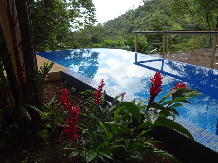 Your dream home may be waiting for you in Costa Rica, but you'll need some digital tools to find it.