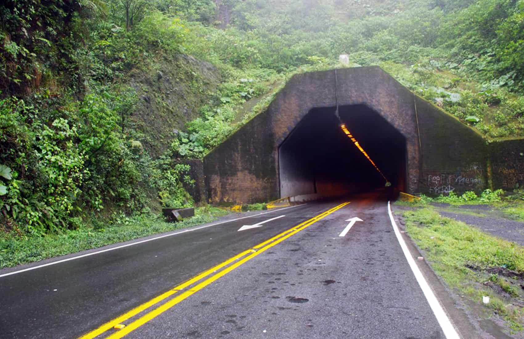Zurquí tunnel at Route 32.